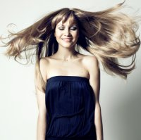 długie kobiece włosy