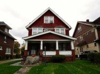 Dom z czerwonej cegły