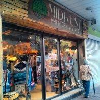 butik, sklep z ciuchami